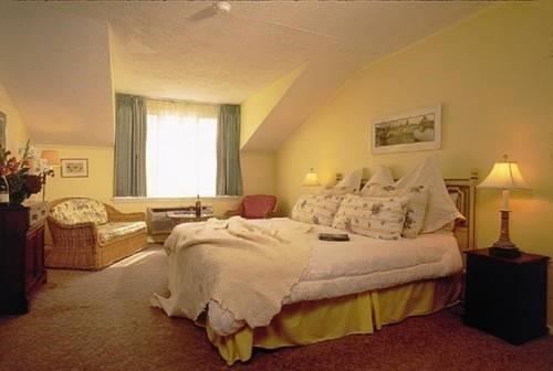 Photo of Tilghman Island Inn