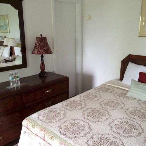 Photo of Castle Manor Inn