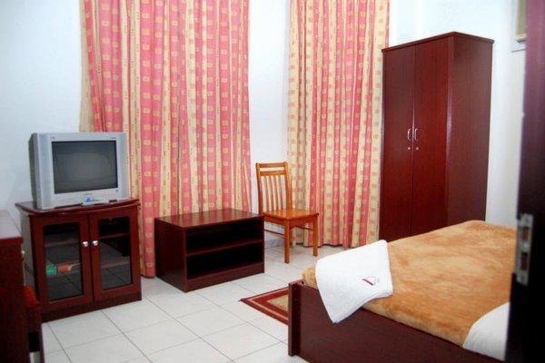 Pan Emirates Hotel - фото 3