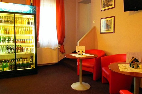 B&B Hotel Ochsendorf - фото 7