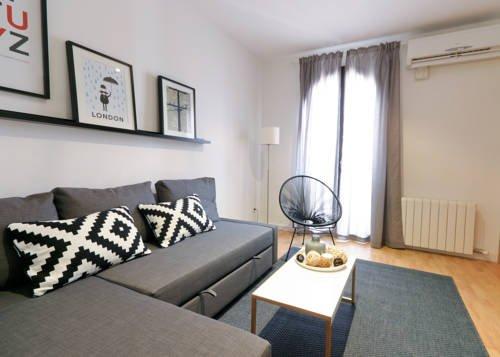 Rent a Flat in Barcelona - Eixample - фото 10