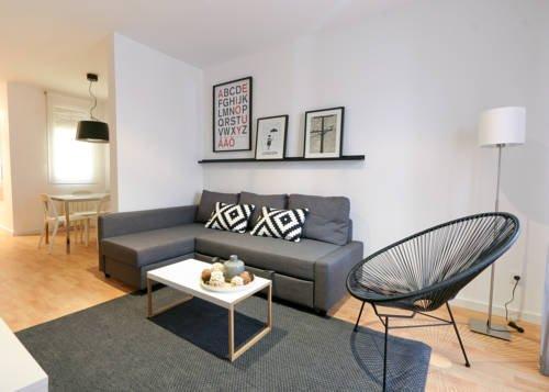 Rent a Flat in Barcelona - Eixample - фото 11