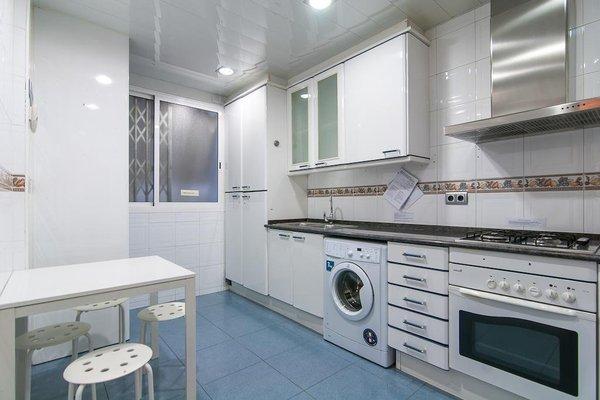 Rent a Flat in Barcelona - Eixample - фото 17