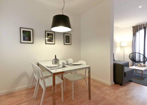 Rent a Flat in Barcelona - Eixample - фото 19