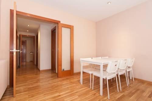 Rent a Flat in Barcelona - Eixample - фото 20