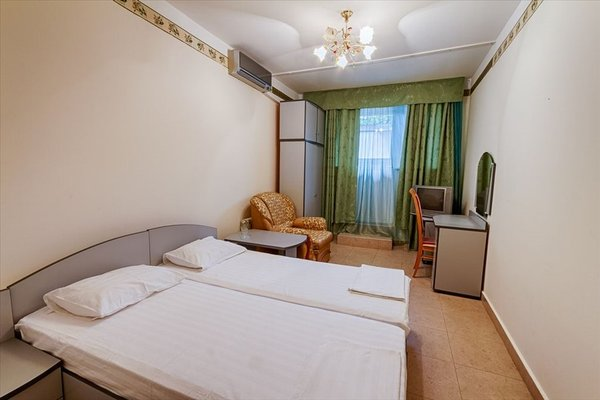 Отель Круиз на Серафимовича - фото 3
