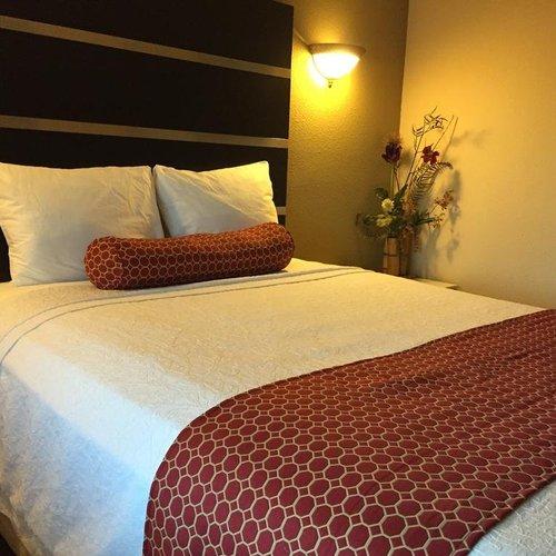 Photo of Relax Inn North Babylon