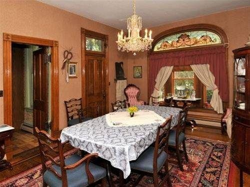 Photo of Victorian Loft Bed and Breakfast