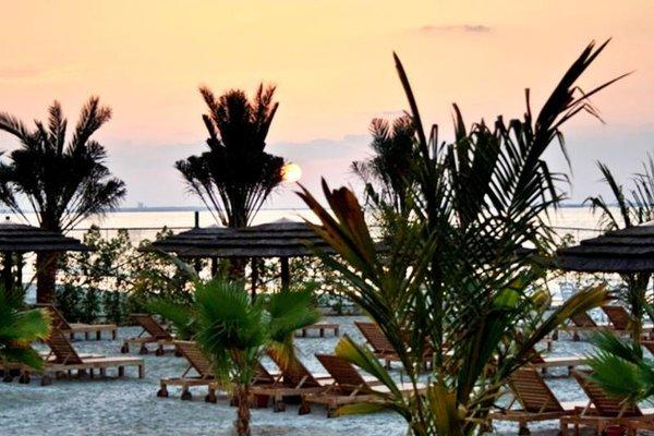 Royal Beach Resort & Spa - фото 23