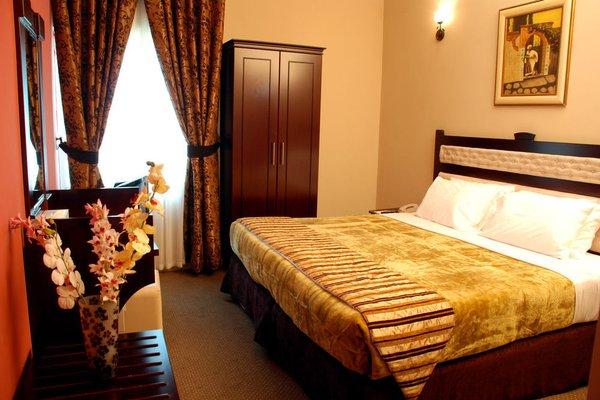 Al Bustan Tower Hotel Suites - фото 2