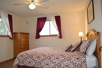 Photo of Anaco Bay Inn