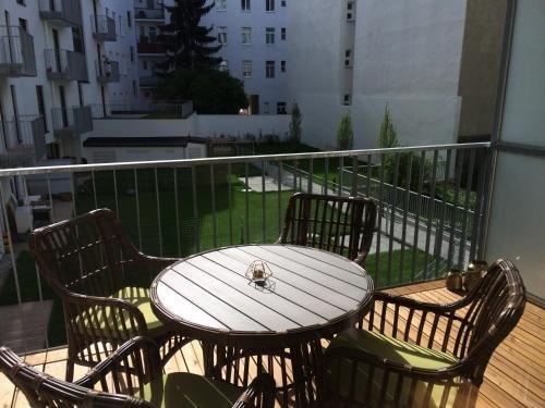 Sofie Apartments - фото 19