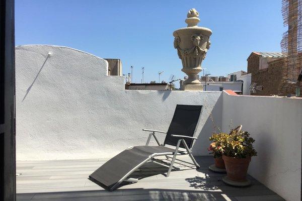 Near Paseo de Gracia Apartments - фото 14
