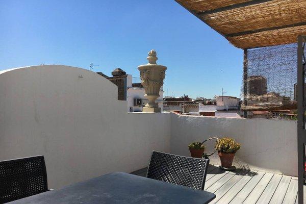 Near Paseo de Gracia Apartments - фото 15