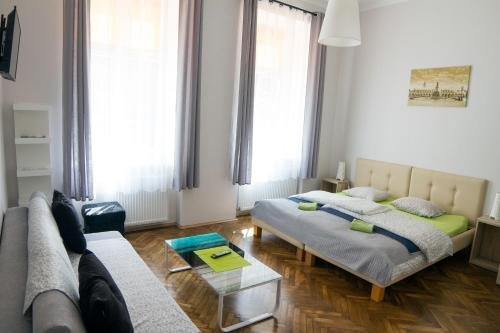 Dream Hostel & Apartments - фото 2