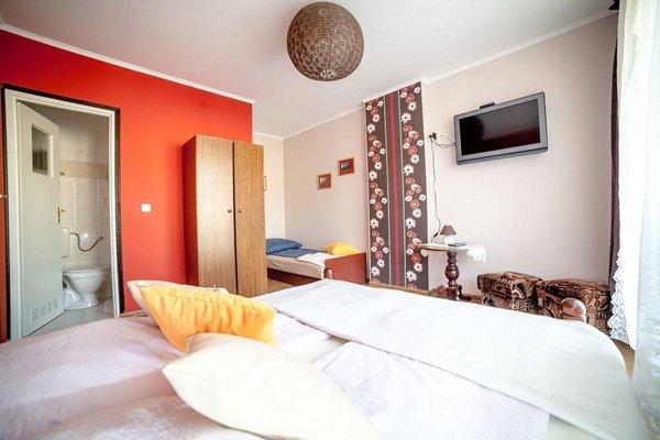 Отель «Pokoje Goscinne Krewetka», Ostrowo