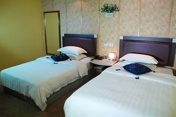 Home Club Hotel Shimao Branch - фото 3