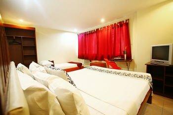 Naga Land Hotel, Ligao