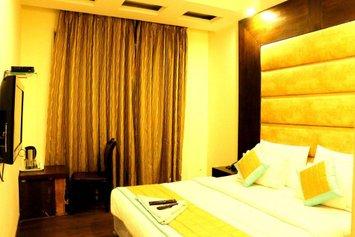 Hotel Benz International
