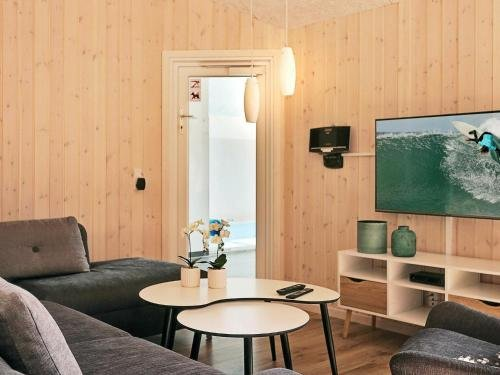 Eight-Bedroom Holiday home in Frederiksvaerk - фото 8