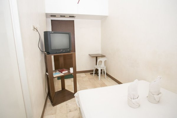 GV Hotel - Dipolog - фото 5