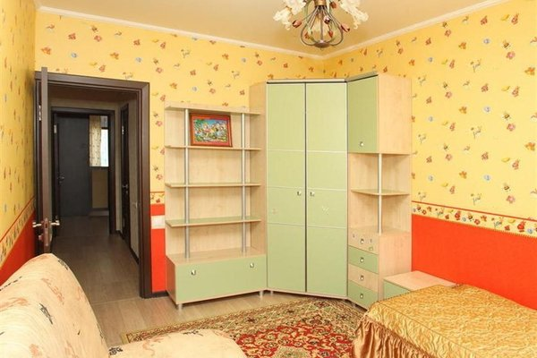 Room-club Апартаменты на Щорса - фото 1