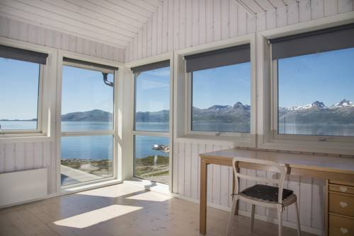 Vestfjord Service Villa - фото 10