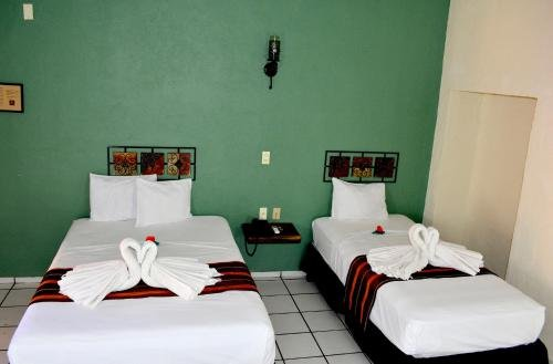 Hotel Aldama - фото 1