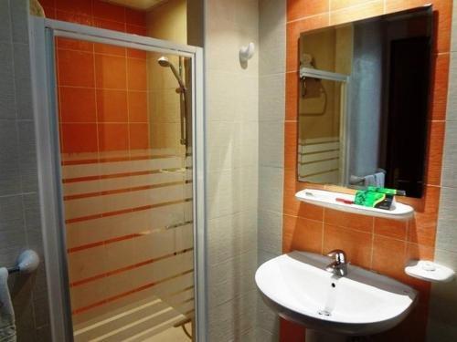Al Massa Hotel Apartments 1 - фото 10