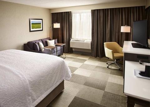 Hampton Inn by Hilton Sarnia/Point Edward - фото 44