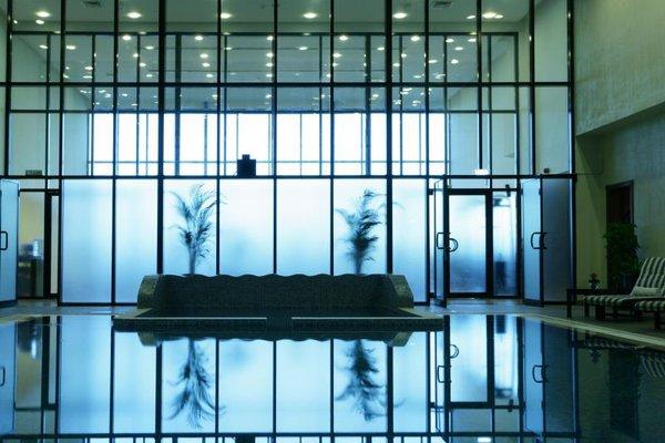 Ramada Hotel & Suites Ajman - фото 14