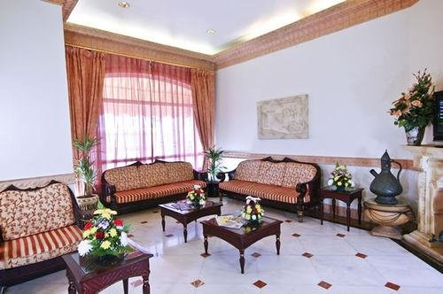 Гостиница «Landmark Suites Ajman», Аджман