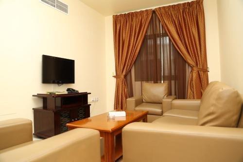 Safari Hotel Apartments - фото 1