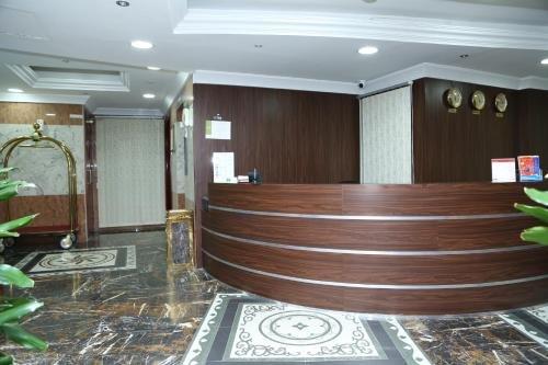 Safari Hotel Apartments - фото 16