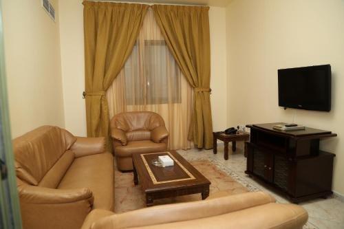 Safari Hotel Apartments - фото 6
