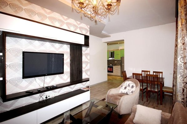 Rent in Yerevan - Apartment on Mashtots ave. - фото 5