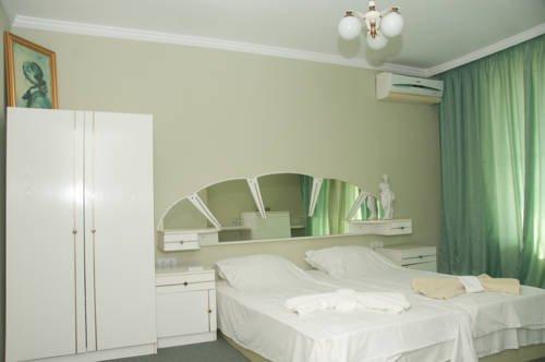 Boryana Hotel - фото 2