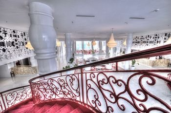 Hotel Farah Tanger - фото 1
