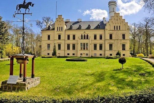 Отель «Schloss Kropstadt», Kropstädt