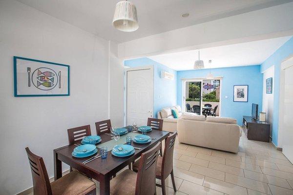 Blue River Apartment - фото 11