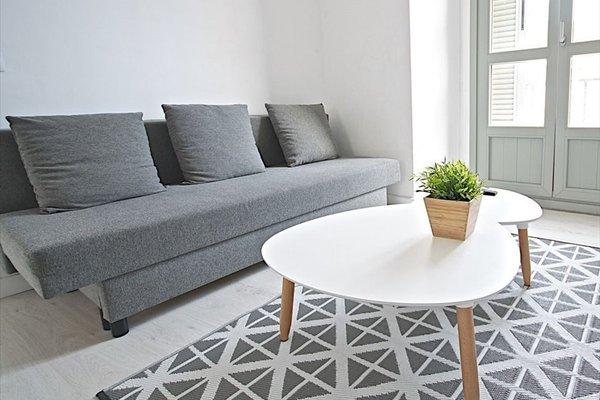 Malaga Urban Rooms - фото 11