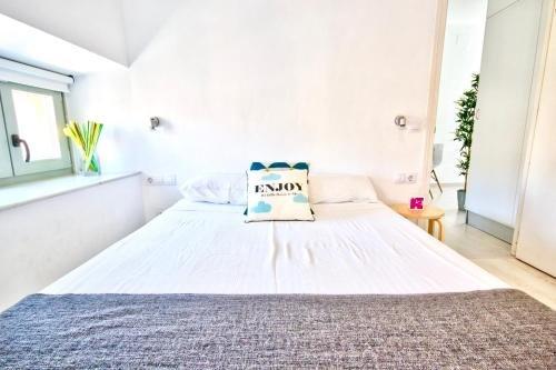 Malaga Urban Rooms - фото 7
