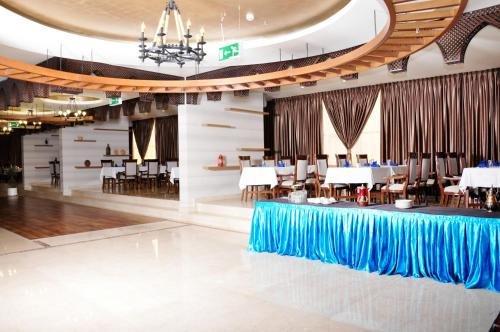 Ewan Ajman Suites Hotel - фото 12
