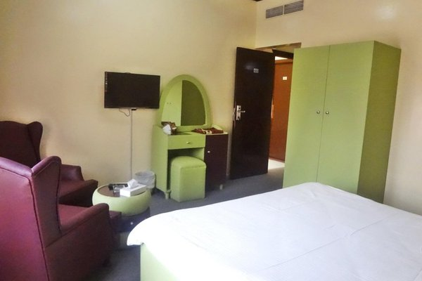 Caravan Resort - фото 1