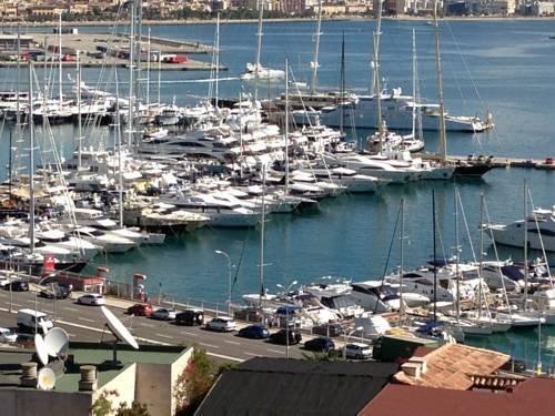 Yacht hotels - фото 21