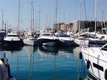 Yacht hotels - фото 22
