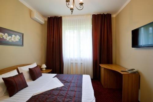 Отель Романов - фото 2