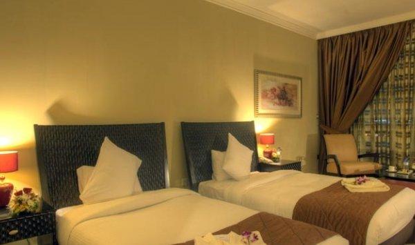 Oryx Hotel - фото 1