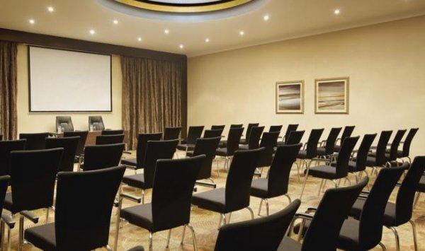 Hilton Abu Dhabi - фото 16