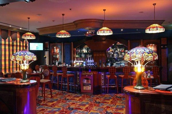 Al Raha Beach Hotel - фото 10
